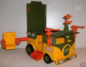 Le camion des tortues ninja de mon frère ;)