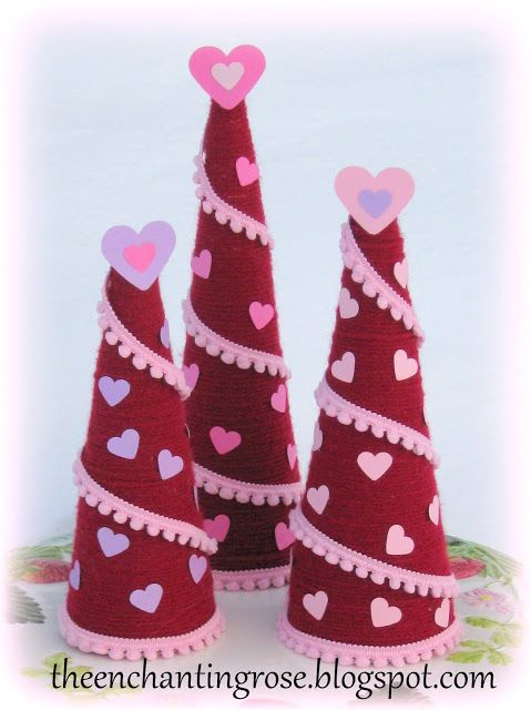 Paper And Yarn Heart Tree's | Easy valentine crafts ...