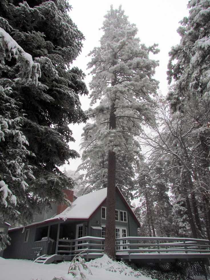 61 best lake arrowhead ca images on pinterest lake for Cabins in lake arrowhead ca