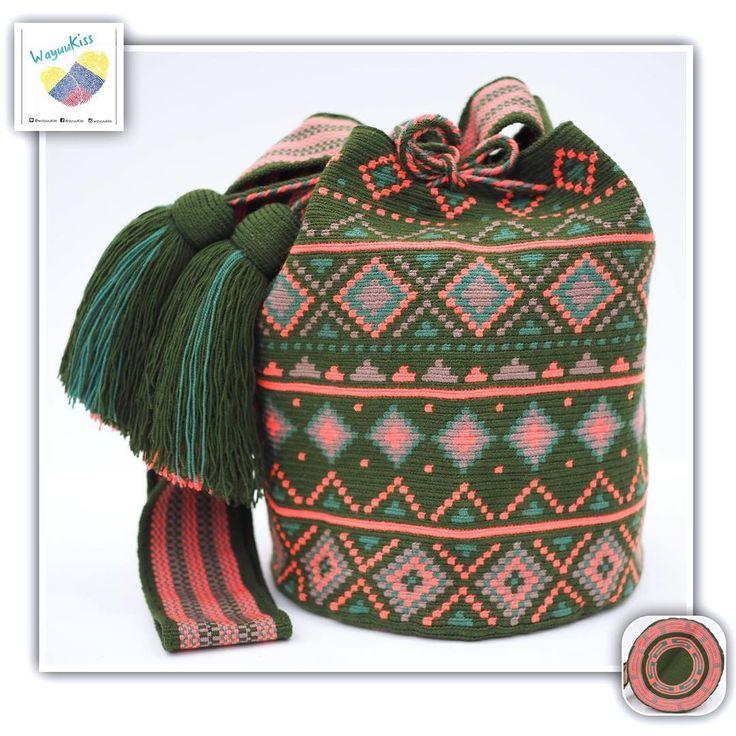 8 отметок «Нравится», 1 комментариев — Wayuu Bags &Bikini etc. (@wayuukiss) в Instagram: «Wayuu bag one strand รุ่น Premium quality ⭕️Sold out⭕️ •ฐาน 9นิ้ว สูง 10นิ้ว •สายยาว 100 cm. •ฟรี…»