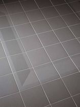Anti-slip porcelain stoneware tile, SOFTLINE ROYAL MOSA is approved by the ADA. The shower floor made of Globalgrip tiles acquires extra safety and functionality with the sloping shower edge tile and the sloping shower corner piece. The slope is relatively small, enabling barrier-free access to the shower.