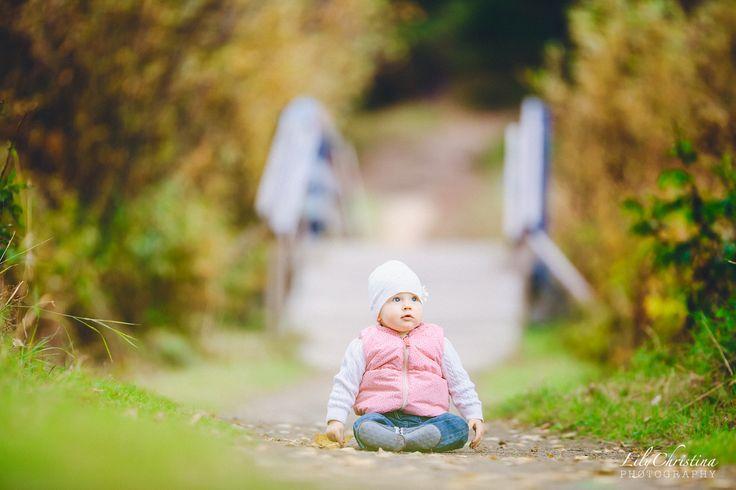 lapsikuvaus, lapsivalokuvaus, lapsivalokuvaus, LilyChristina Photography, children photography, family, kids, child, children, autumn