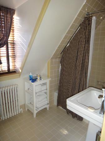 Small Bathroom Ideas Low Ceiling 12 best bathroom images on pinterest | attic bathroom, bathroom