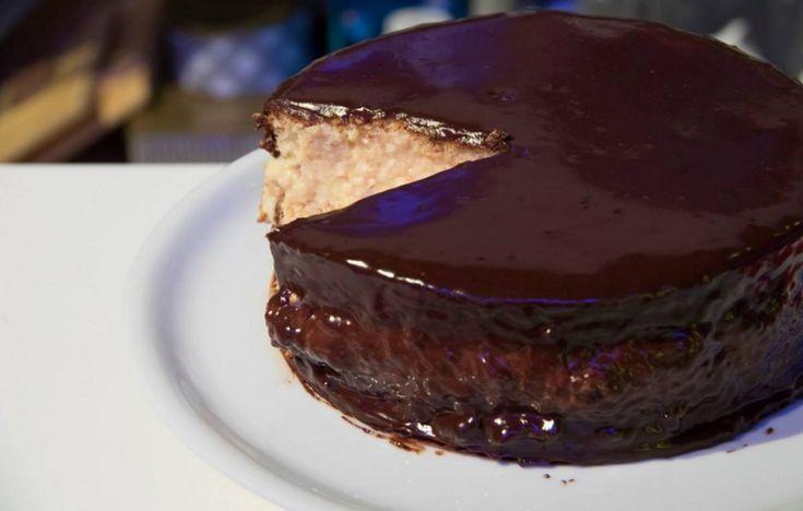 """""""Detto Fatto"""": la ricetta delle Boston Cream Pie di Francesco Saccomandi del 14 aprile 2016. Un dolce americano."""