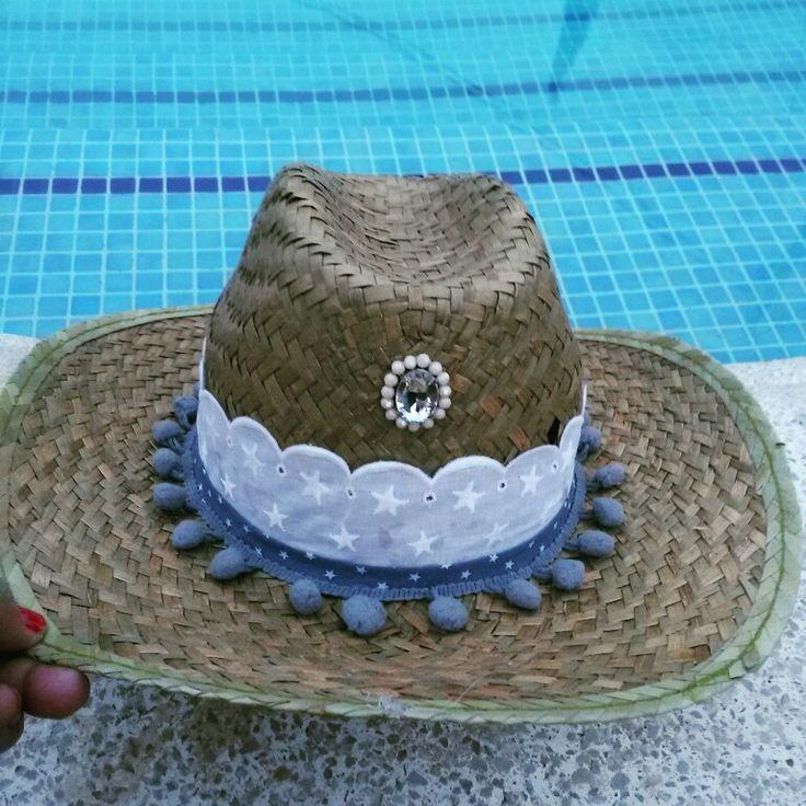 Sombrero estrellas gris y madroños gris annacivis@hotmail.com