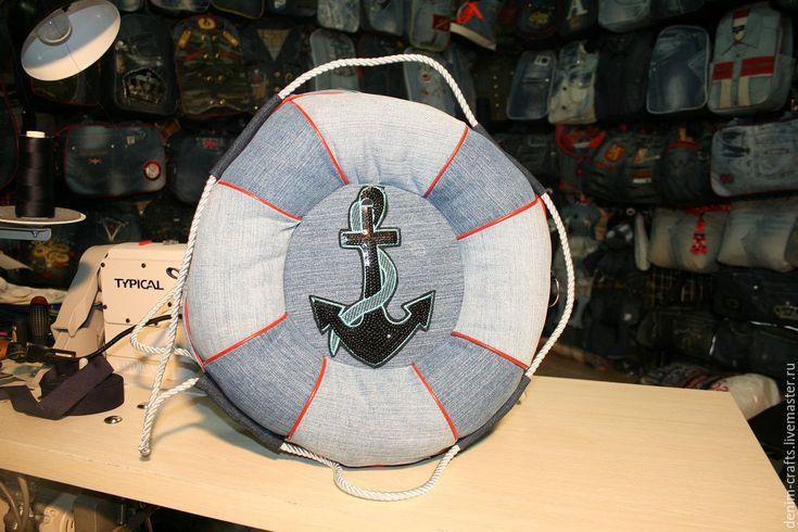 Купить Сумка-рюкзак Спасательный-круг из джинсов своими руками - абстрактный, джинсовый стиль