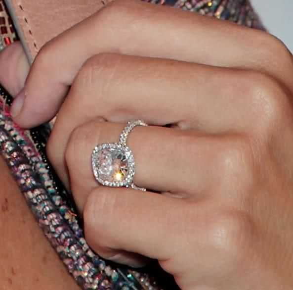 Celebrity Engagement rings - Page 262 - PurseForum