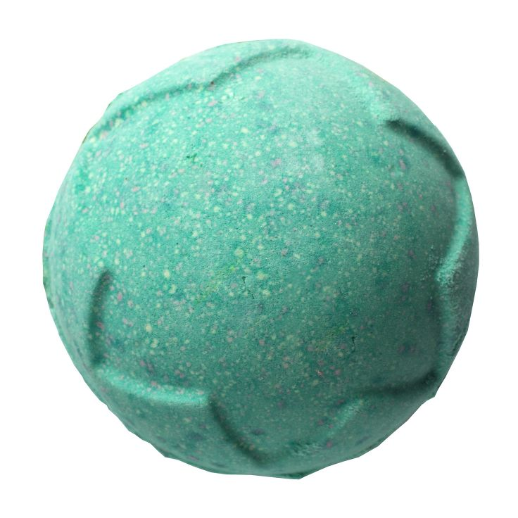 Lord of Misrule bath bomb from lush