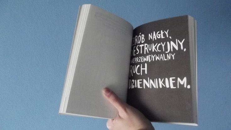 Zniszcz ten dziennik Wreck this journal @ZniszczDziennik