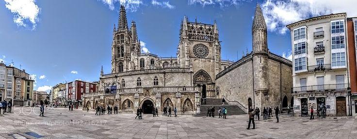 Catedral gótica de Burgos. by resunando