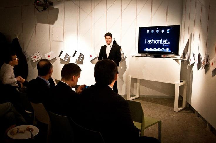 Jerôme Bergeret presents Project FashionLab at GALLERY/ CZD   /    Projekt FashionLab představuje jeho ředitel Jerôme Bergeret