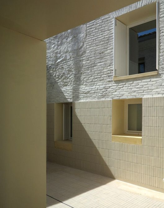 Two Houses in Oropesa / Paredes Pedrosa | ArchDaily