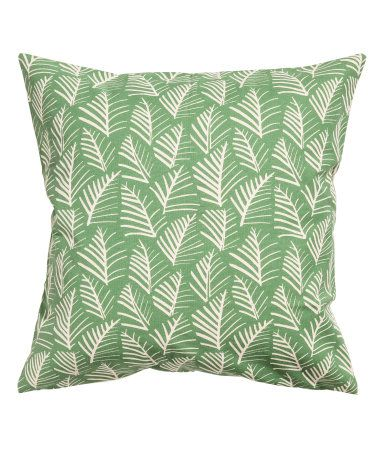 Green/leaf. Cushion cover in thick, woven fabric with a printed pattern. Concealed side zip.