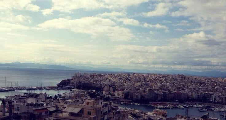 Η θέα απο Προφήτη Ηλία, Πειραιας