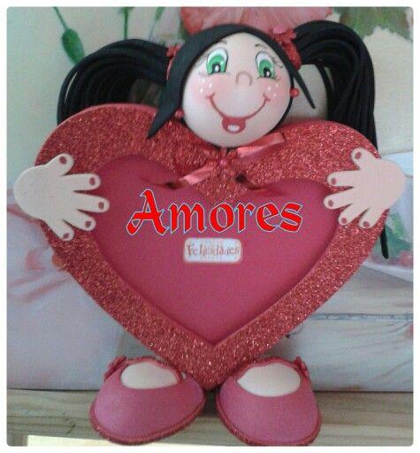 portafoto ideal para regalar el da de los enamorados hecho con gomaeva y bolas de