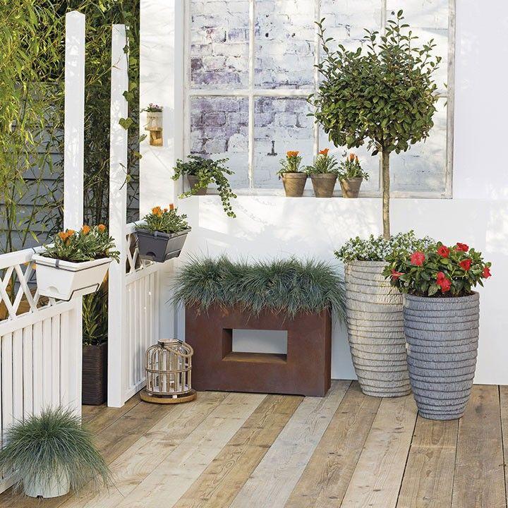 Fleur je balkon, terras of veranda op met mooie potten en planten #balkon #veranda #terras #