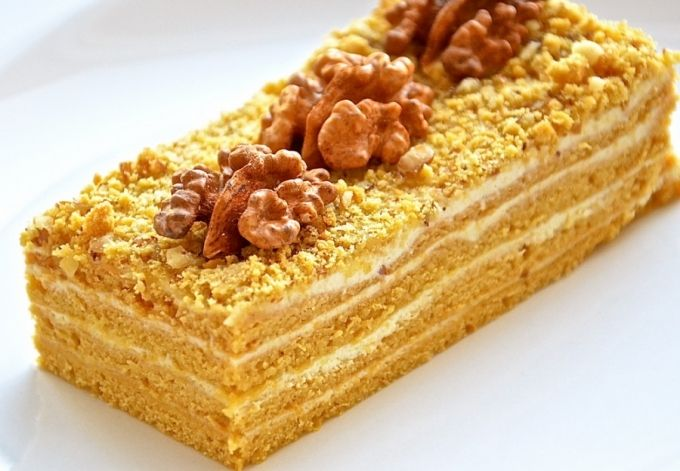 Medok – Georgian-style honey cake