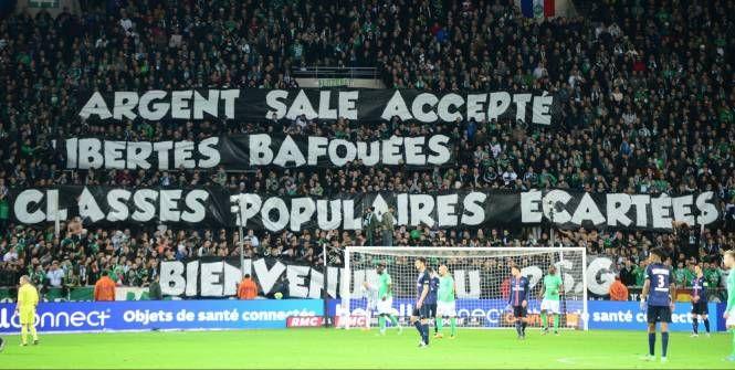 Suite aux banderoles anti-Qatar déployées dimanche à Geoffroy-Guichard pendant Saint-Etienne – PSG (0-2), le club de la capitale a envoyé lundi soir deux courriers signés Jean-Claude Blanc, le directeur général délégué parisien, à la Ligue de Football professionnel (LFP) et à la direction de l'ASSE.