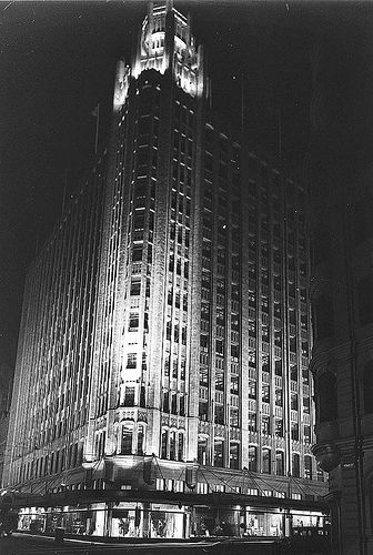 The Grace Building, Sydney, ca. 1930 / Sam Hood by State Library of New South Wales collection, via Flickr
