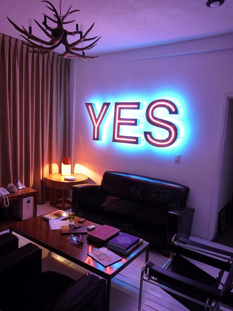'Yes' neon, 2010 by artist Aldo Chaparro