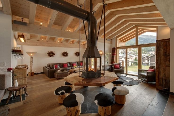 Salon de chalet d cor de fa on pur e et design tr s for Decoration interieur chalet montagne