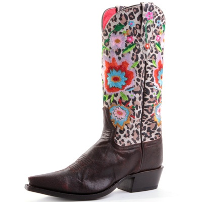 Macie Bean boot. Mr postman pretty please deliver these to me....