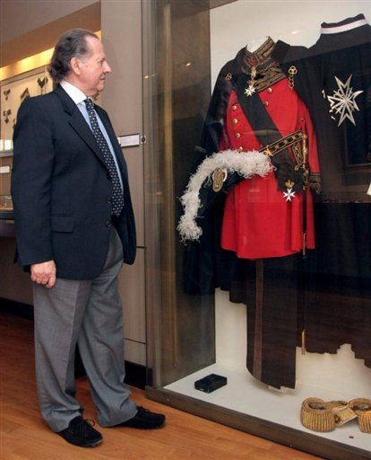 "Amassed over decades by Italian financier Antonio Benedetto Spada, now in his 70s, some 600 rare bejewelled insignia once strung around the necks of royalty, knights, and other VIPs, on show at Paris' prestigious Legion of Honour museum from November 19. 2008 ""While orders of chivalry have strict rules, a king may award a bigger one encrusted with a diamond to a general who won a decisive battle, or decide to make one in gold rather than in silver. ""There are 1k variations on a single theme…"
