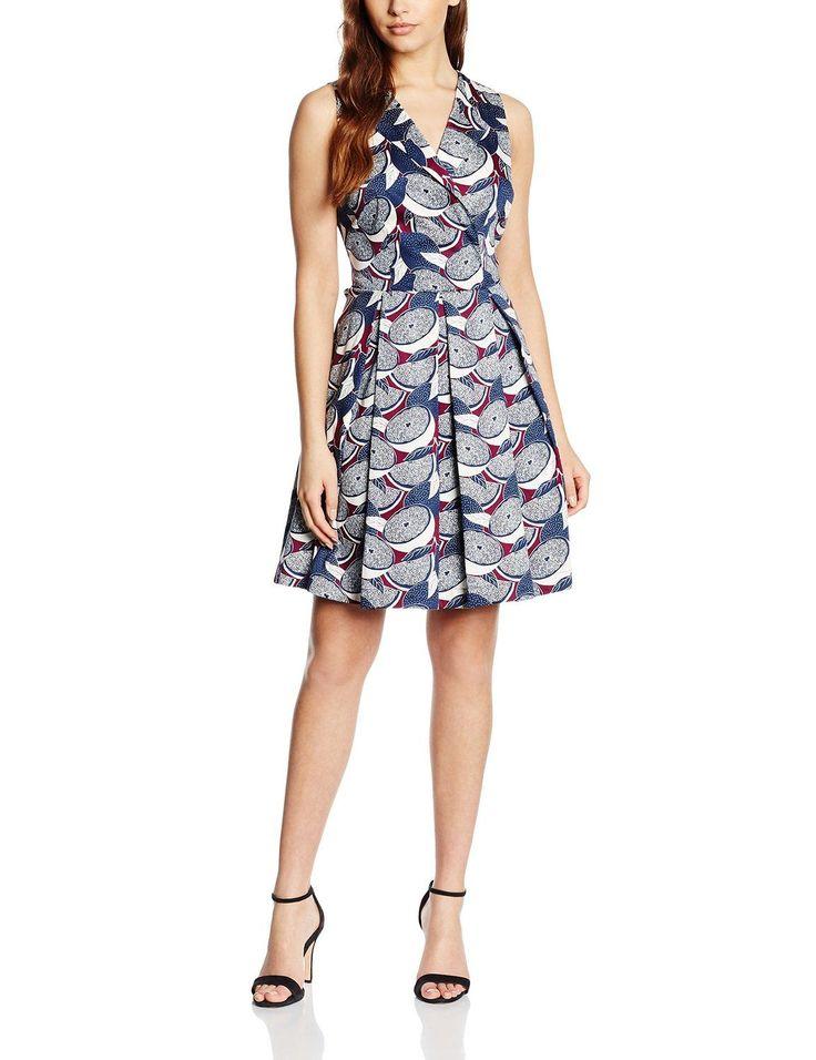 Vestido hipster mujer sin mangas ideal para esta primavera - verano, original con un diseño estampado de frutas con fondo azul.