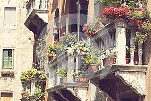 балкон красочный цветы Венеция Италия