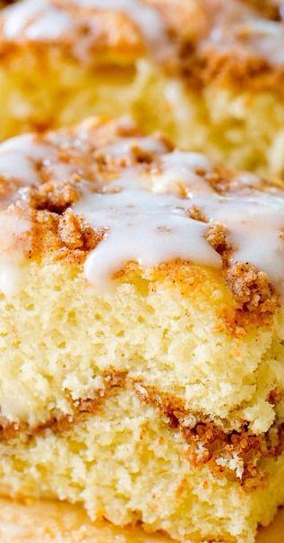 Old-Fashioned Sour Cream Crumb Cake. - Sallys Baking Addiction