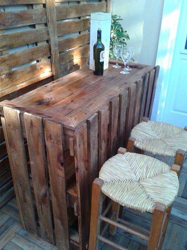 18 best muebles hechos con paletas images on pinterest for Muebles para bar en casa