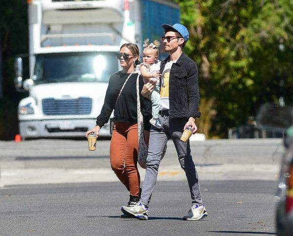 Hilary Duff Photos Photos Hilary Duff And Her Daughter Banks Are Seen Out In L A Hilary Duff The Duff Hilary Duff Style