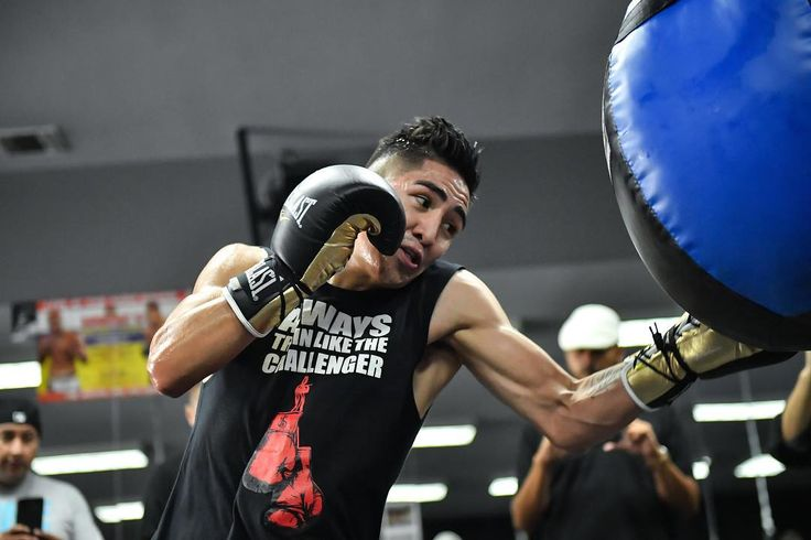 @elfamosoterremoto Leo Santa Cruz held a media workout today ahead of his matchup with Chris Avalos at the StubHub Center in Carson CA, October 14th in FOX. 📸 @seeyouringside #mexico #mexican #boxeo #boxing #losangeles #LA #nikon #d5 #sportsphotography #photography #fight #fighter #fighting #getsome #1 #one #champ #champion #fitness @teamwatsonboxingclub