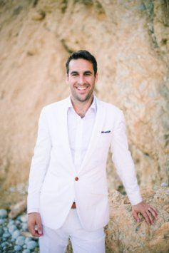 Terno branco para noivos