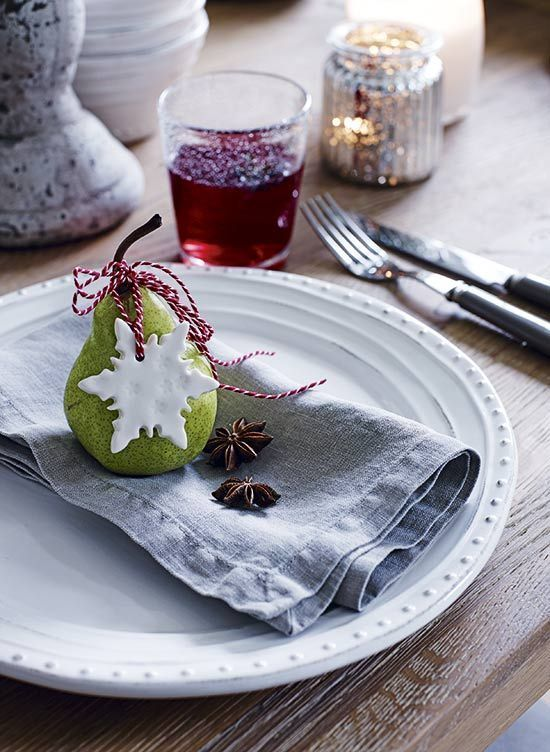 Cute Christmas table setting with simple decorations