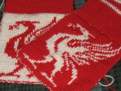 Chart for Liverpool Football Club Liver Bird by affabletoaster, via Flickr.  Free Ravelry download
