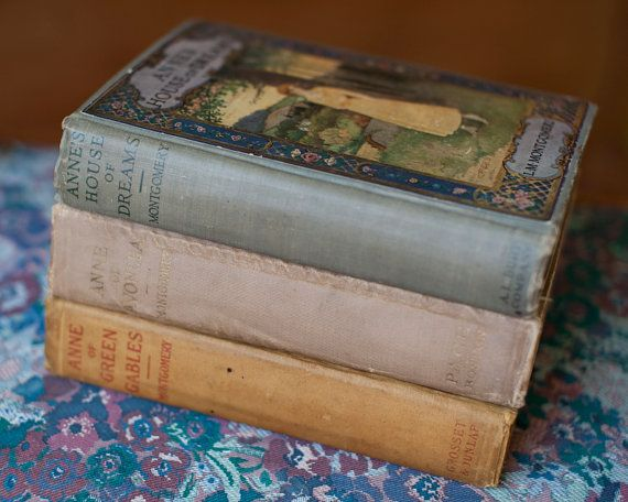 Anne of Green Gables- Anne of Avonlea- Anne's House of Dreams- Amazing Vintage Book Collection<3