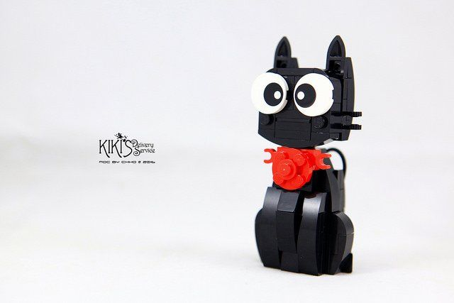 Delivery of a cute LEGO cat called Jiji [INSTRUCTIONS]