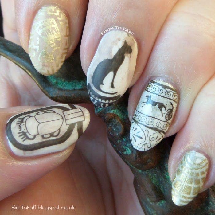 Cleopatra nail art = LNMBC