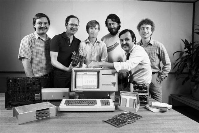1983: Key member of the Apple Lisa team - Paul Baker, Bruce Daniels, Chris Franklin, Rich Page, John Couch, Larry Tesler    Read more http://www.mac-history.net/photo-gallery/2011-10-30/apple-history-in-pictures-the-start-1976-1984