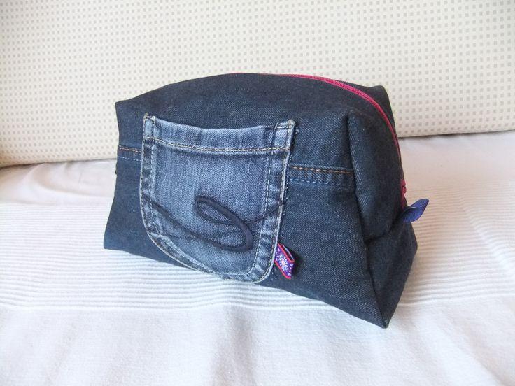 upcycling jeans denim DIY big vicky pattydoo zippered pouch