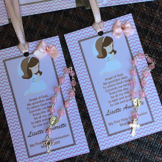 12 first communion favors with mini rosaries by Nandospartysupply
