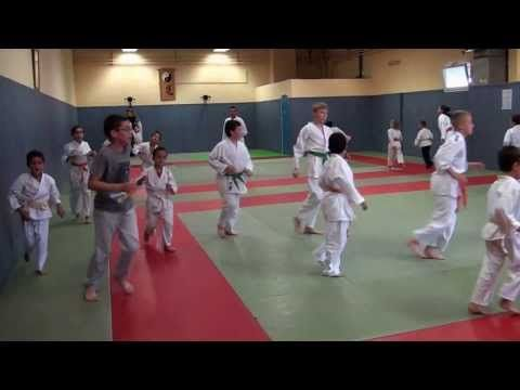 Cours enfants au Vedène Karaté Club.  #cours #enfants #karate