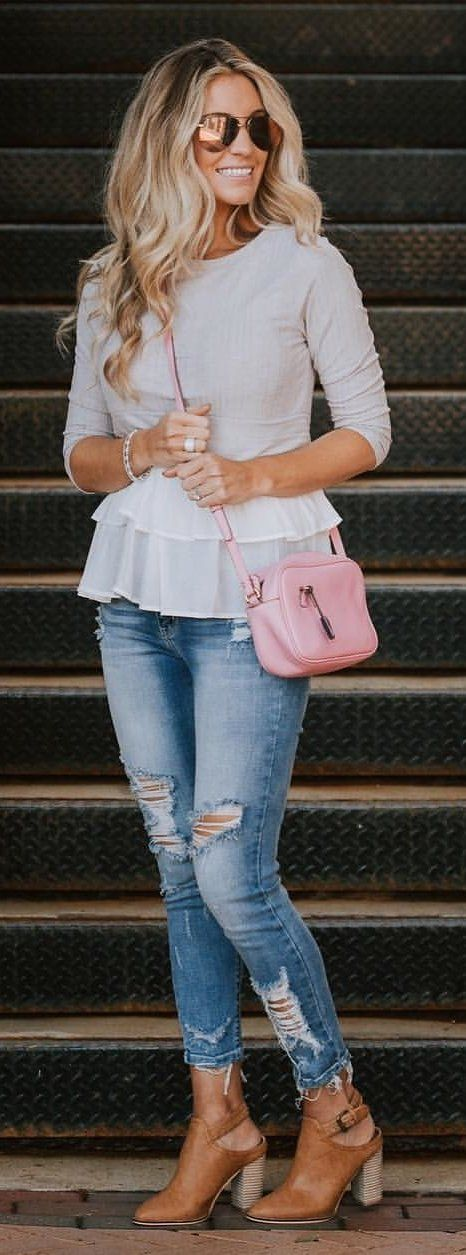 #spring #outfits woman wearing crossbody bag and distressed skinny jeans. Pic by @ashleyjgeorge