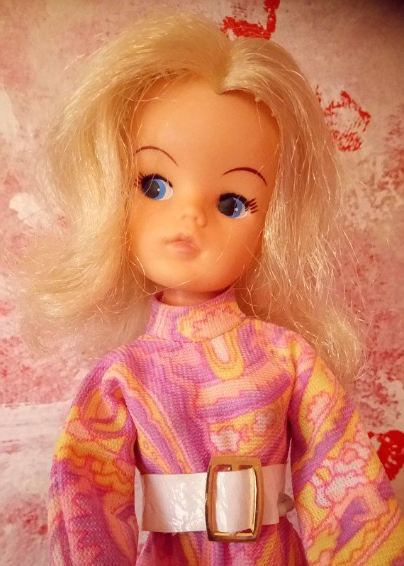 Sindy 1970s Doll with original 1970s outfit.
