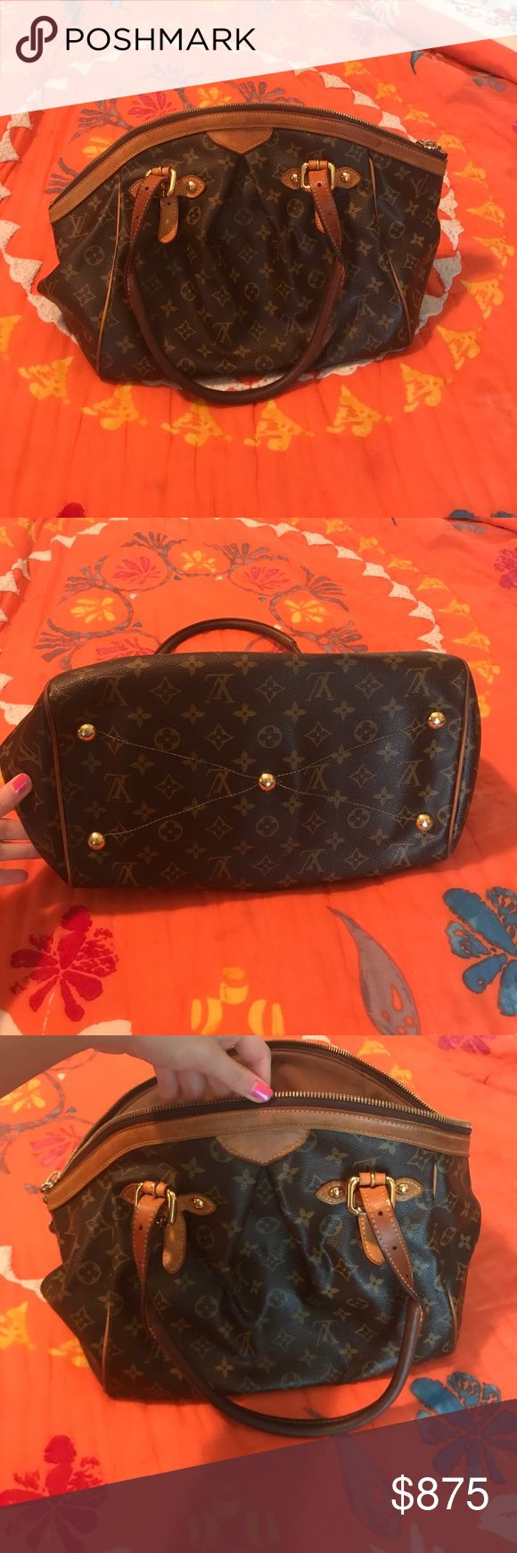 Louis Vuitton purse 100% Real Louis Vuitton purse! In great condition with some sun damage to the straps and leather lining Louis Vuitton Bags Totes