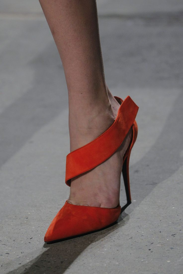 LOVE the lines on these. #lust Narciso Rodriguez - Autumn/Winter 2014