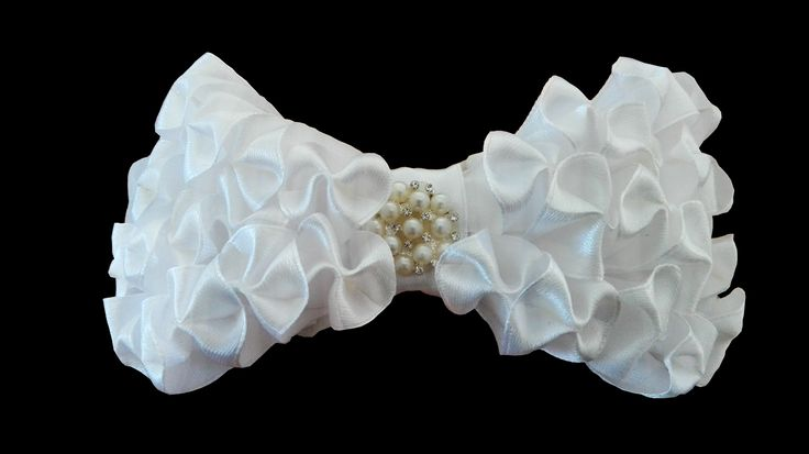 For Hair: White 'petal-pocket' bow. Available as a hair clip / barrette. This stunning bow is available in a multitude of colours.