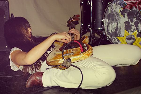 Paz Lenchantin. So awesome to see my photograph on Pinterest!!