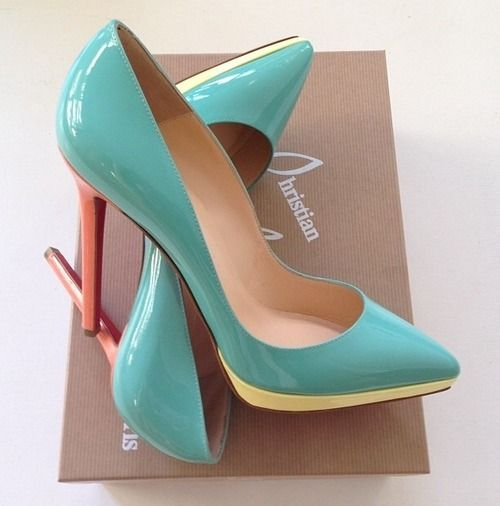 Christian Louboutin Mint It...Oh Yeah!                                                                                                                                                                                 Mais